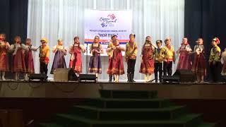 """Лебедин, русская народная песня. Исполняет детский ансамбль """"Ребята с нашего двора"""""""