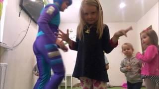 Фиксики на детском празднике