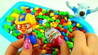 Открываем Яйца Сюрпризы с Игрушкой Пороро Распаковка Киндер сюрпризов из серии Маша и медведь
